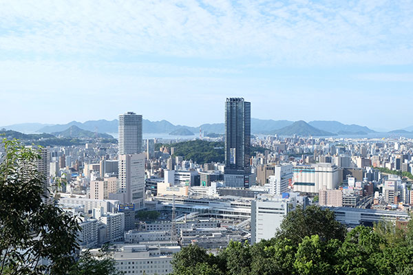 JR広島駅自由通路改修・商業施設 開設工事